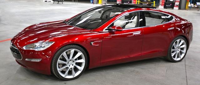 Tesla, la voiture verte qui voit grand